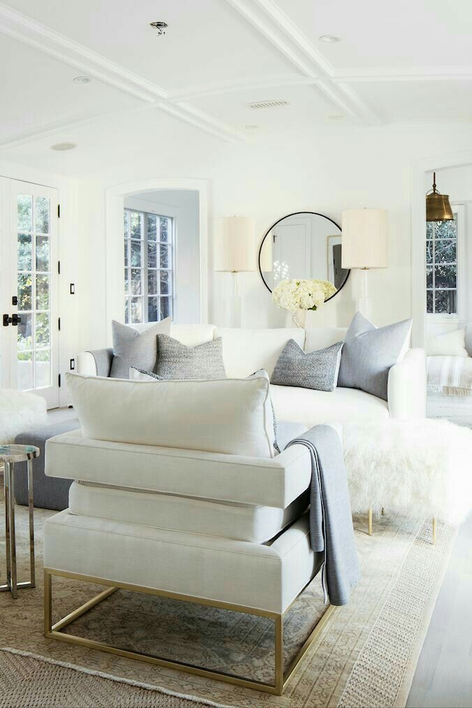 Modern White. Living Room ...