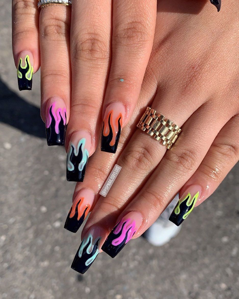 Pin By Loostyroosty On Who In 2020 Edgy Nails Fire Nails Simple Acrylic Nails