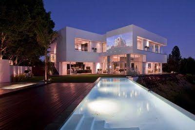 Modern Luxury House Design In La For The Mega Rich Luxury House Designs Cool House Designs Architecture House