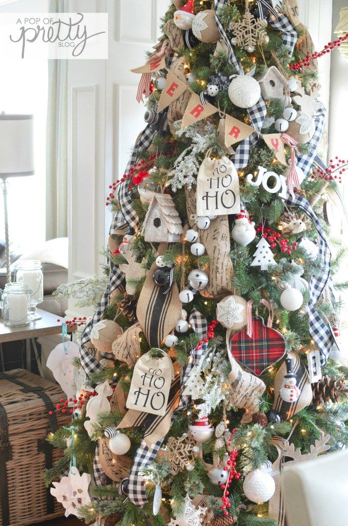 Cottage Christmas Tree More - Canadian Bloggers Home Tour: Red Plaid Cottage Christmas Christmas