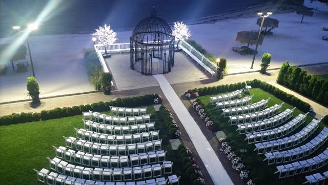 Small Wedding Venues Westchester Ny The Surf Club On The Sound Hampton Wedding Venues Wedding Venues Westchester Ny Smallest Wedding Venue