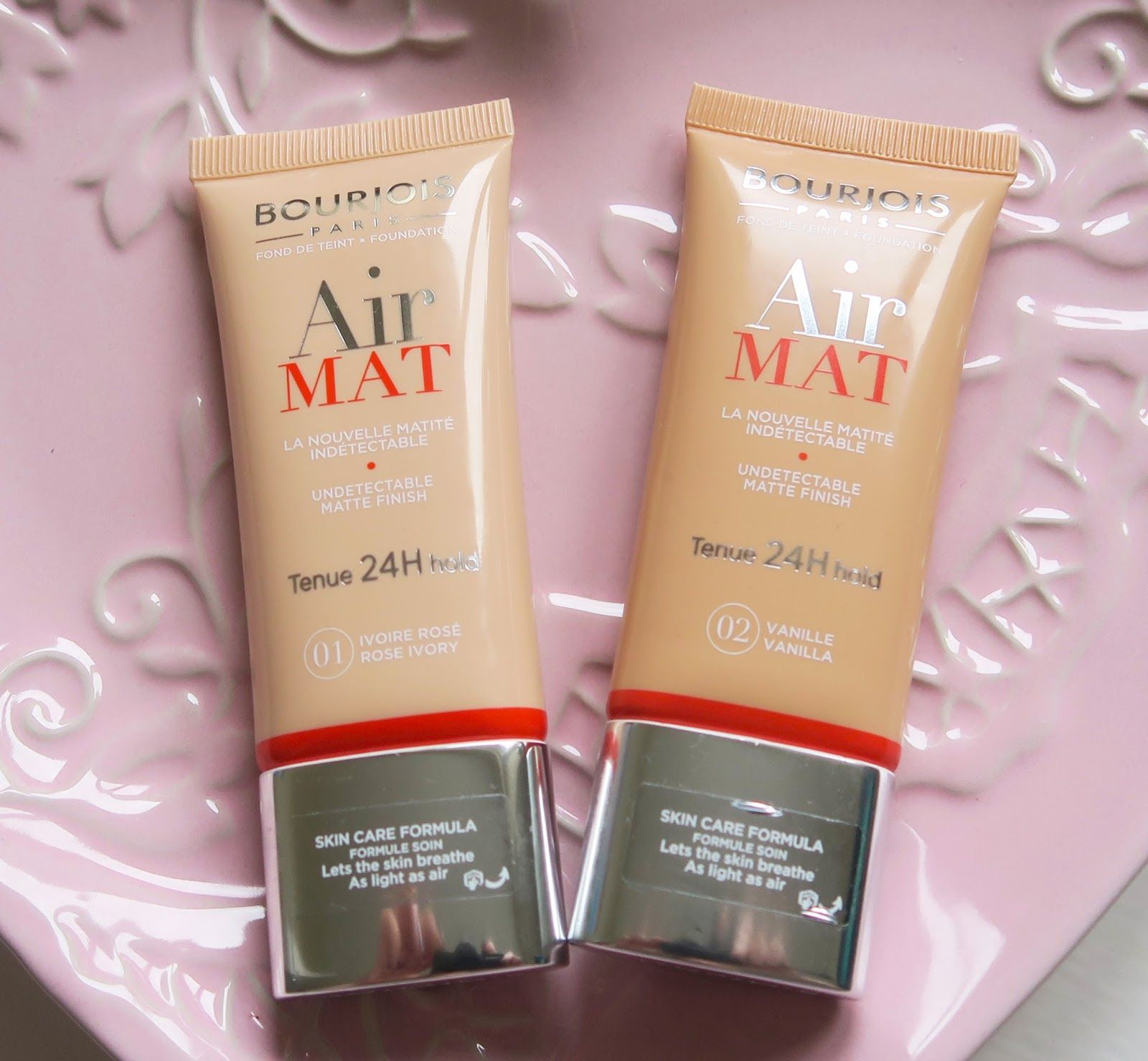 Elle and Mimi Bourjois Air Mat Foundation Review