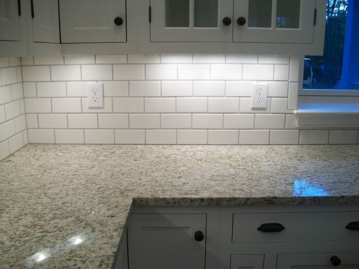 White Subway With Mobe Pearl Grout
