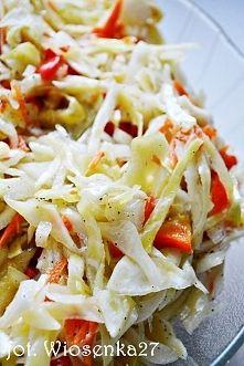 Zobacz zdjęcie Słodko-ostra sałatka z białej kapusty