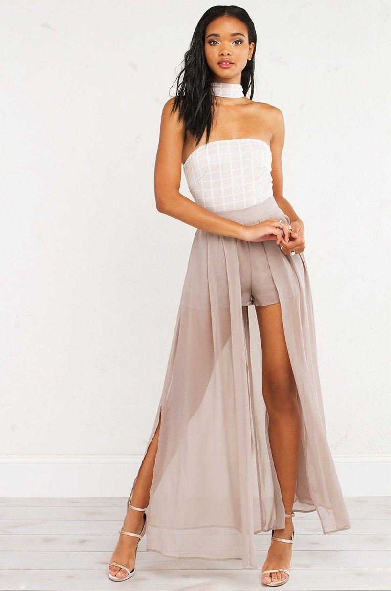 Image Associee Overlay Dress Short Maxi Dress Short Dresses [ 1209 x 800 Pixel ]