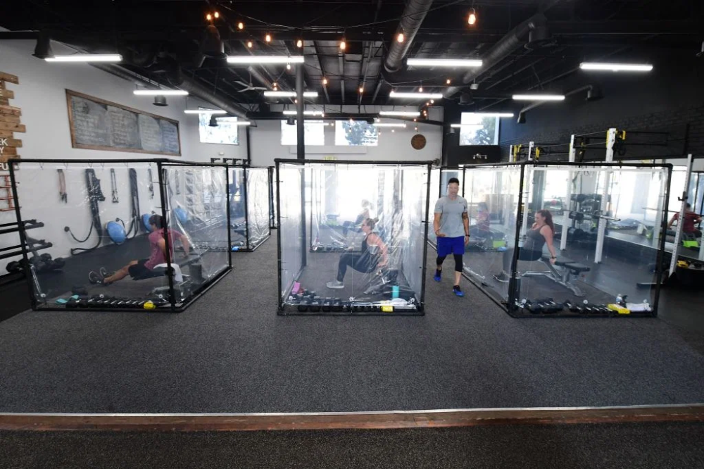 Curtain Panes And Gains Gym Unveils Workout Pods In California Gym Workout Orange Theory Workout