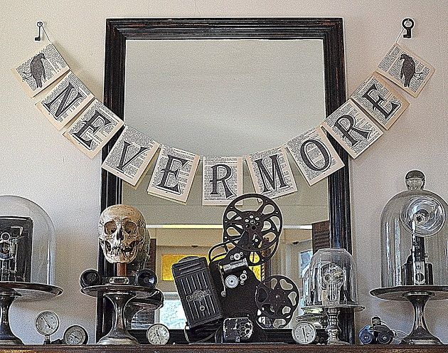 10 black and white halloween decorating ideas - Raven Halloween Decorations