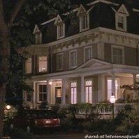Recorrido por La Hermosa casa victoriana en la película, QUEDATE A MI LADO