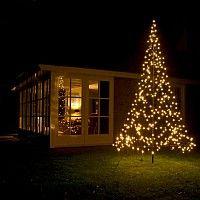 Mooi verlichte kerstboom #kerst #intratuin   Navidad   Pinterest
