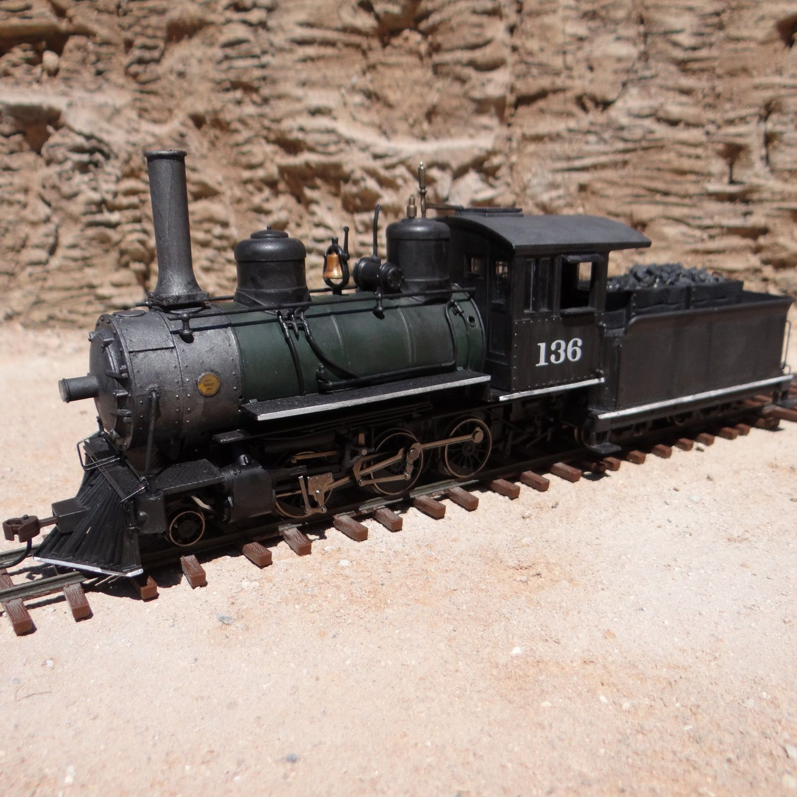 Model Railroad Parts : A real on model with dcc sound took parts from