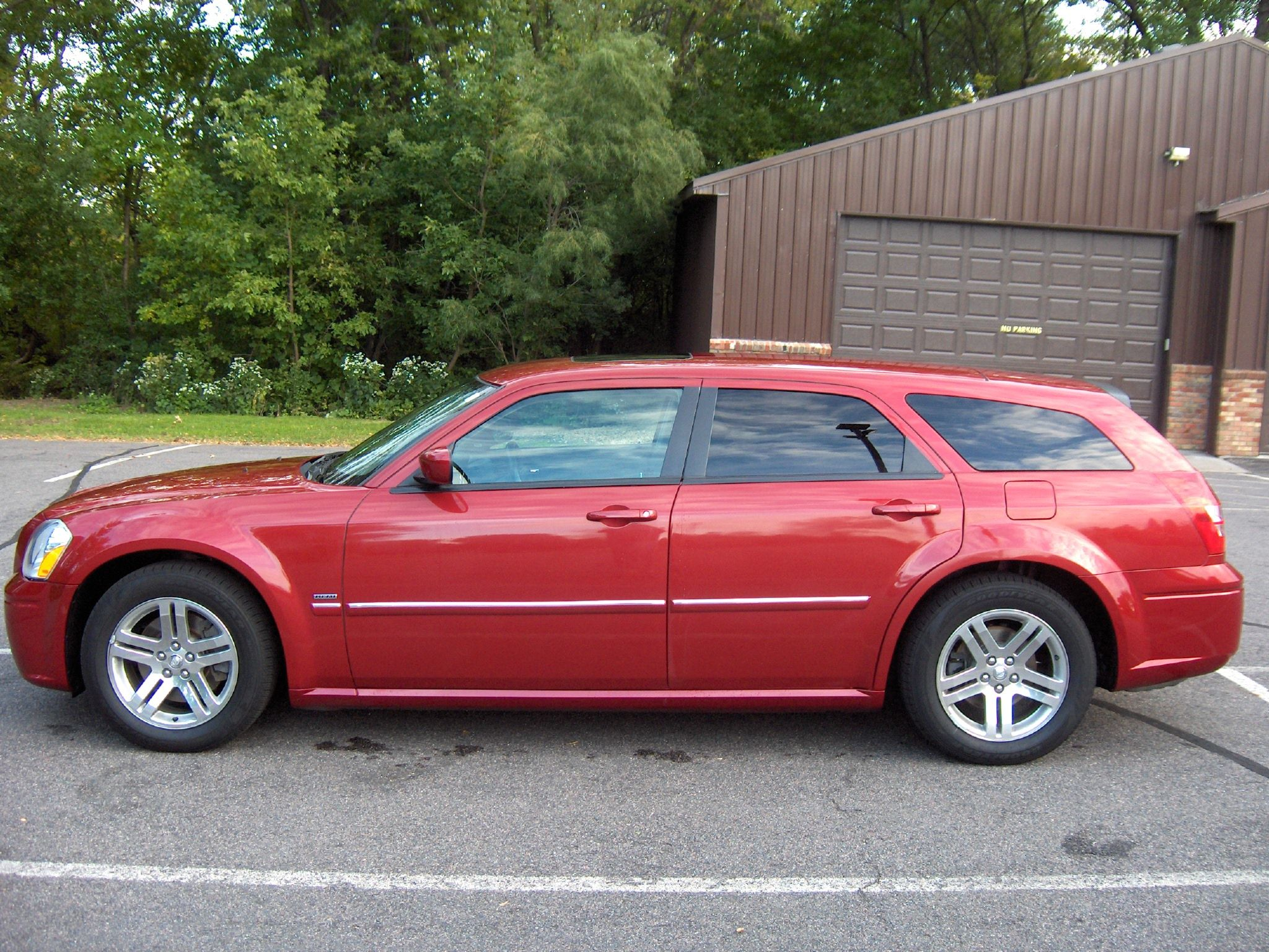 2007 dodge magnum wish these were still being made me too buddy
