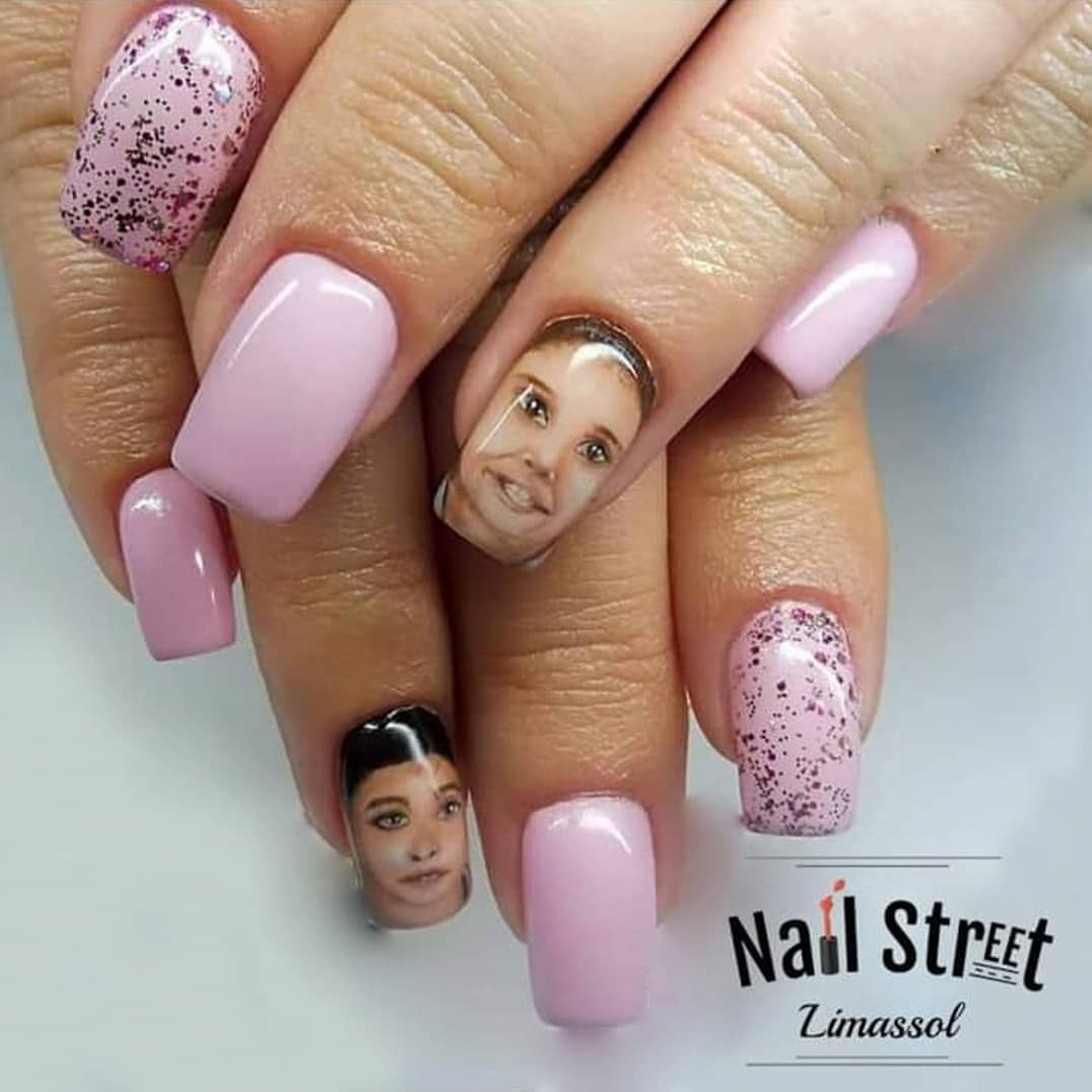 #gelnails #limassolnails #handmadedesign #nailartists #nailart #nailsofinstagram #nails #nails💅 #naildesign #nailartist #nailartwow #nailart #nailaddict #nailtech #pinknails #kidsnails #2dnailart #portrait #portraitnails  #drawingfaces