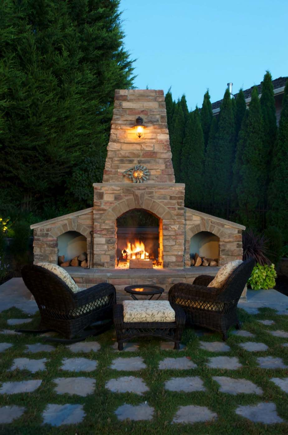 44 Traditional Outdoor Patio Designs To Capture Your Imagination Backyard Fireplace Outdoor Fireplace Outdoor Fireplace Designs