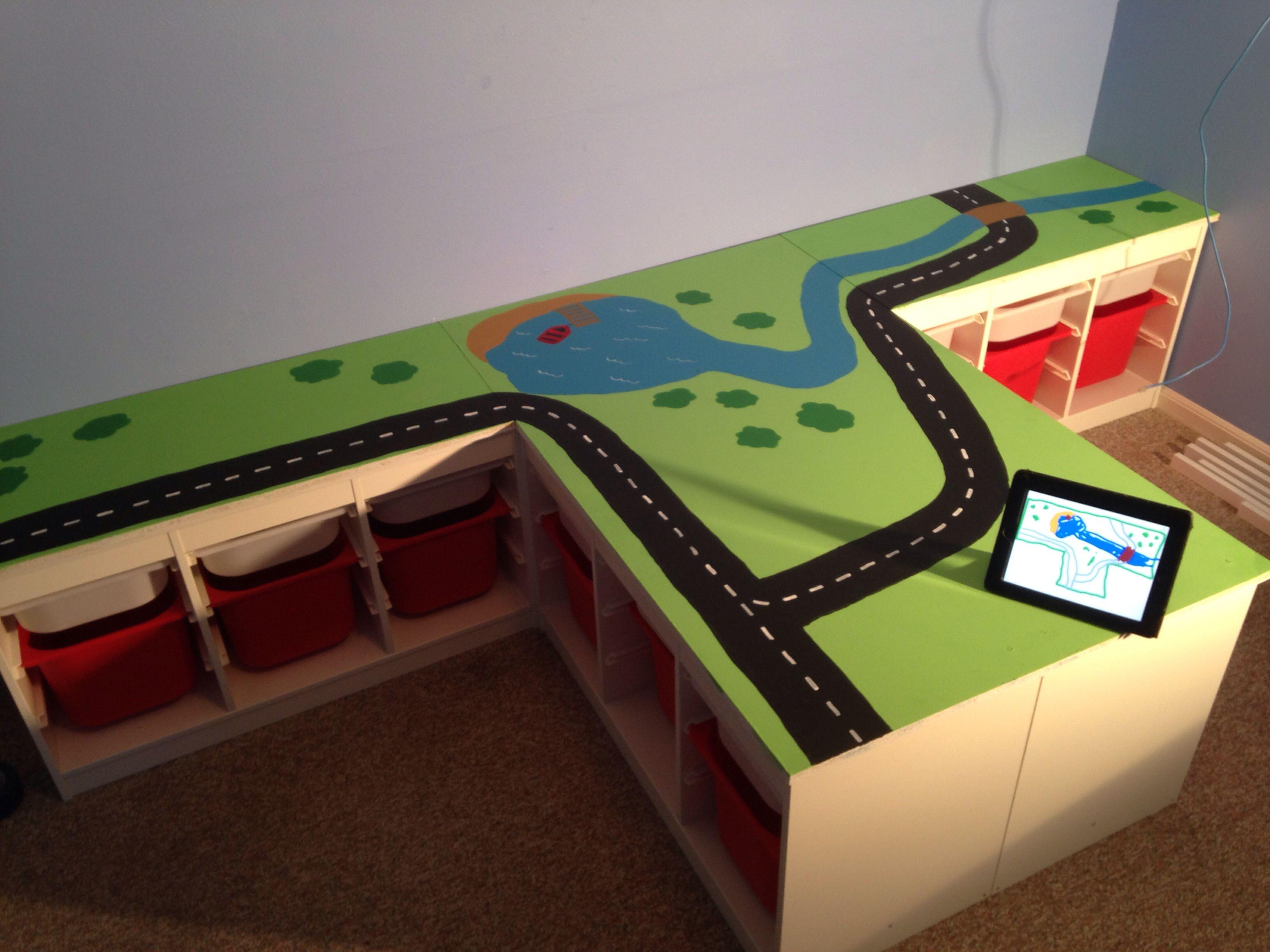 Custom train table with ikea shelves the ipad shows my son 39 s concept for - Customiser table ikea ...
