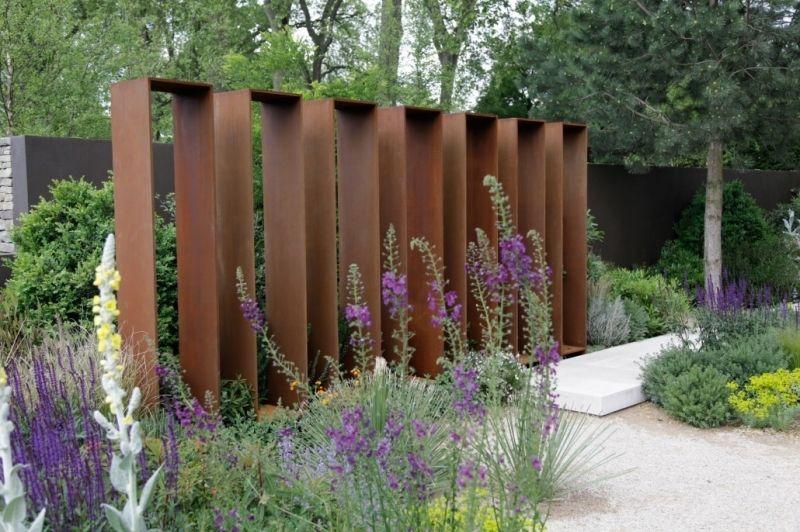 Gestalten Mit Holz Metall Amp Naturstein Herrhammer Grtner Von ... Gartenzaun Sichtschutz Naturstein