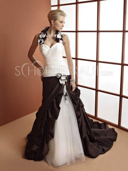 triumph   Bekleidung   Pinterest   Prinzessin kleid, Prinzessinnen ... 5088ba071d