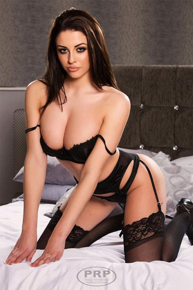 Wwe diva stripped naked