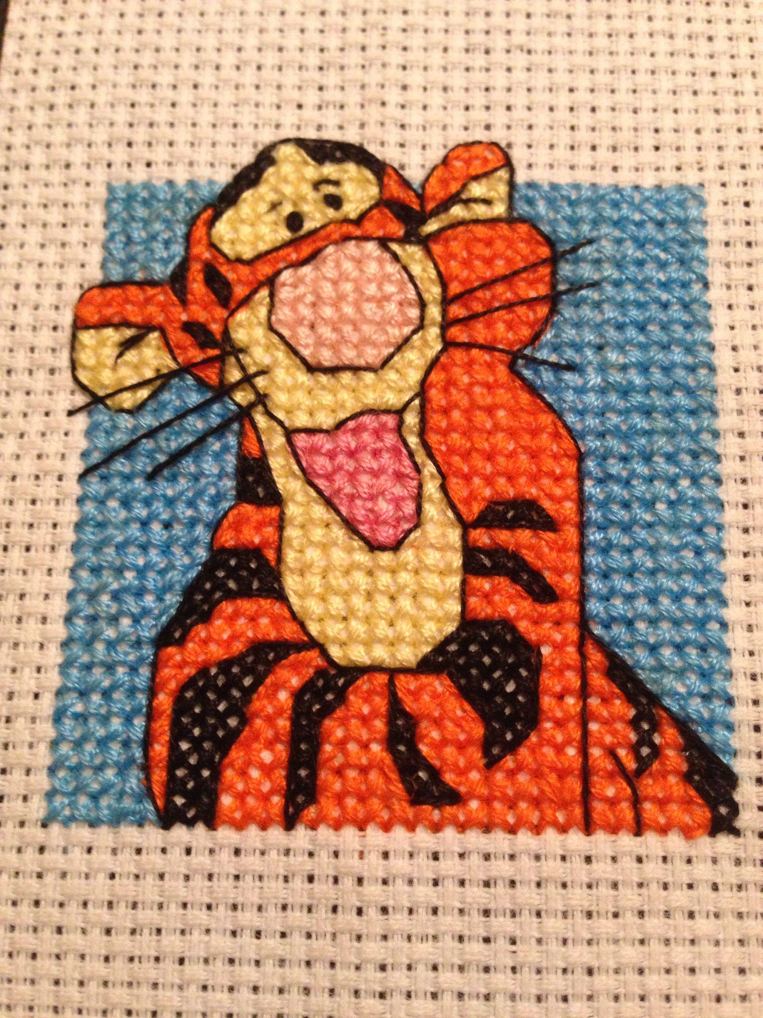 Designer Stitches Pooh & Friends Set Tigger Kd10 Cross Stitch