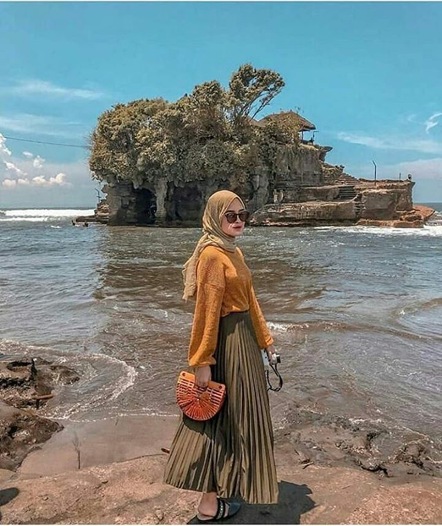Baju Ke Pantai Hijab
