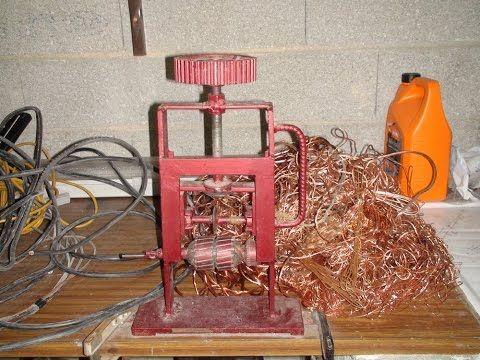 Machine A Denuder Le Cuivre Fait Maison Wire Stripping Machine Youtube Fait Maison Fil Electrique Art De Bouteille En Plastique
