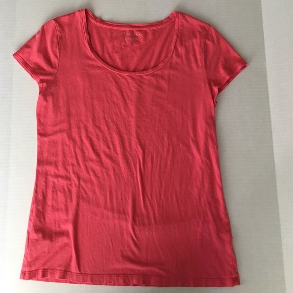 Pink Ann Taylor Scoop Neck Tee Soft pink scoop neck tee. Worn twice in great condition. No stains, rips, or tears. Fourth picture shows length of shirt. It is too short for me. Ann Taylor Tops Tees - Short Sleeve