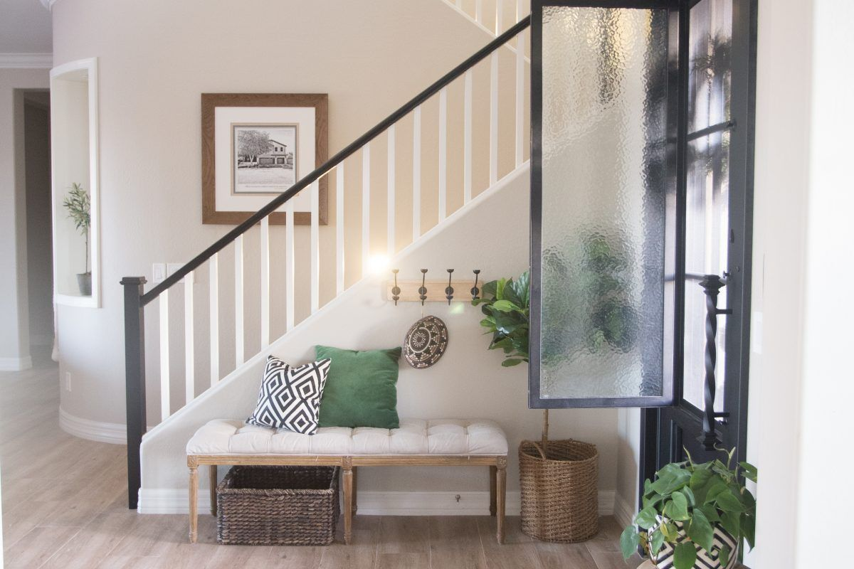 Best The Best Way To Paint Your Stair Rails Black Stair 400 x 300