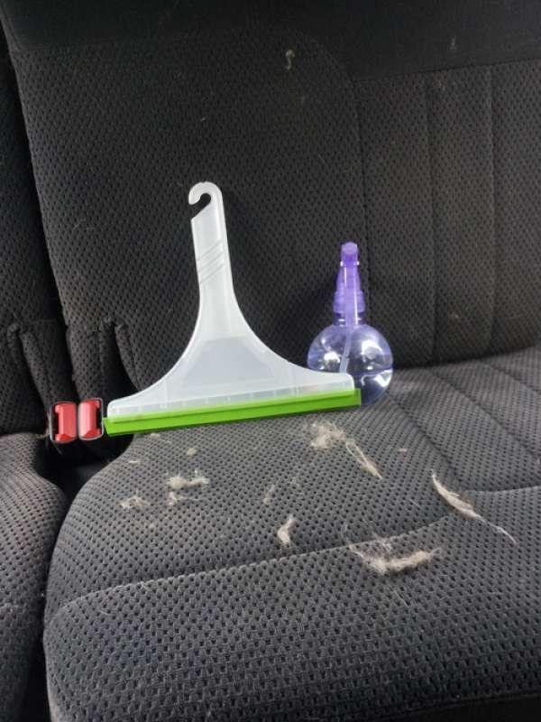15 astuces hyper pratiques pour nettoyer sa voiture en profondeur astuces voiture auto. Black Bedroom Furniture Sets. Home Design Ideas