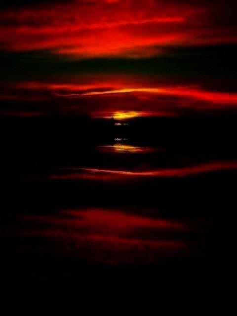Sunsets & Sunrises -Surreal Sunrise   - Sunsets & Sunrises -  - Sunsets & Sunrises -Surreal Sunrise
