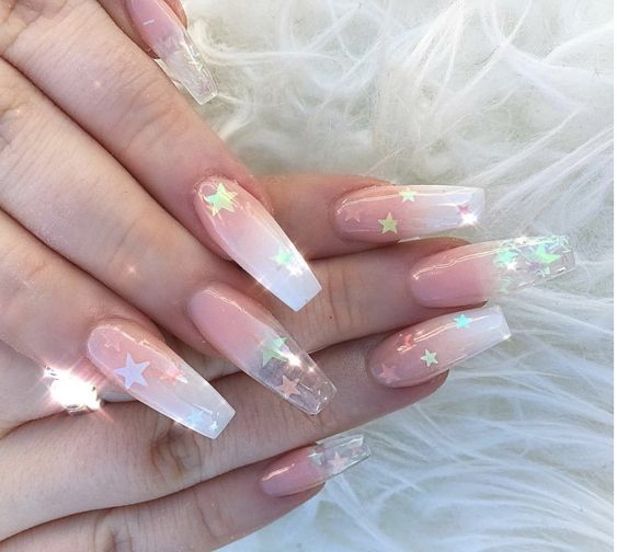 62 Long Nail Design For Women To Look Perfect With Images Long Nail Designs Long Nails Gucci Nails