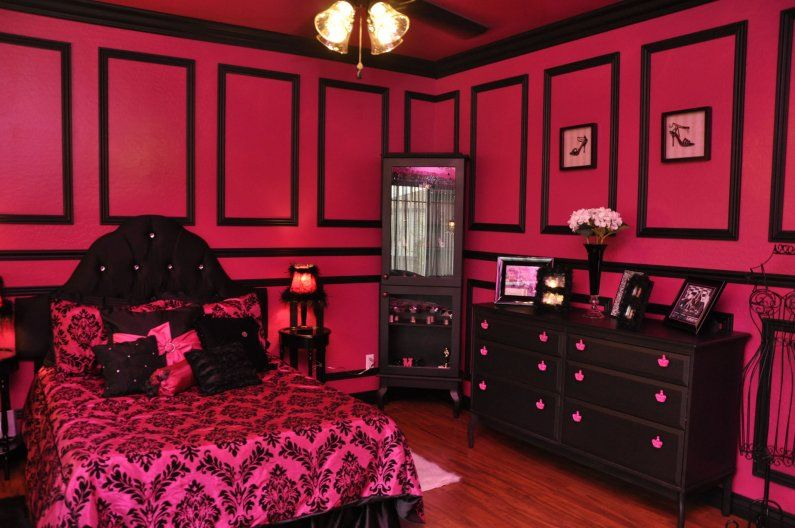 hot pink and black damask teen girls room | For A ...