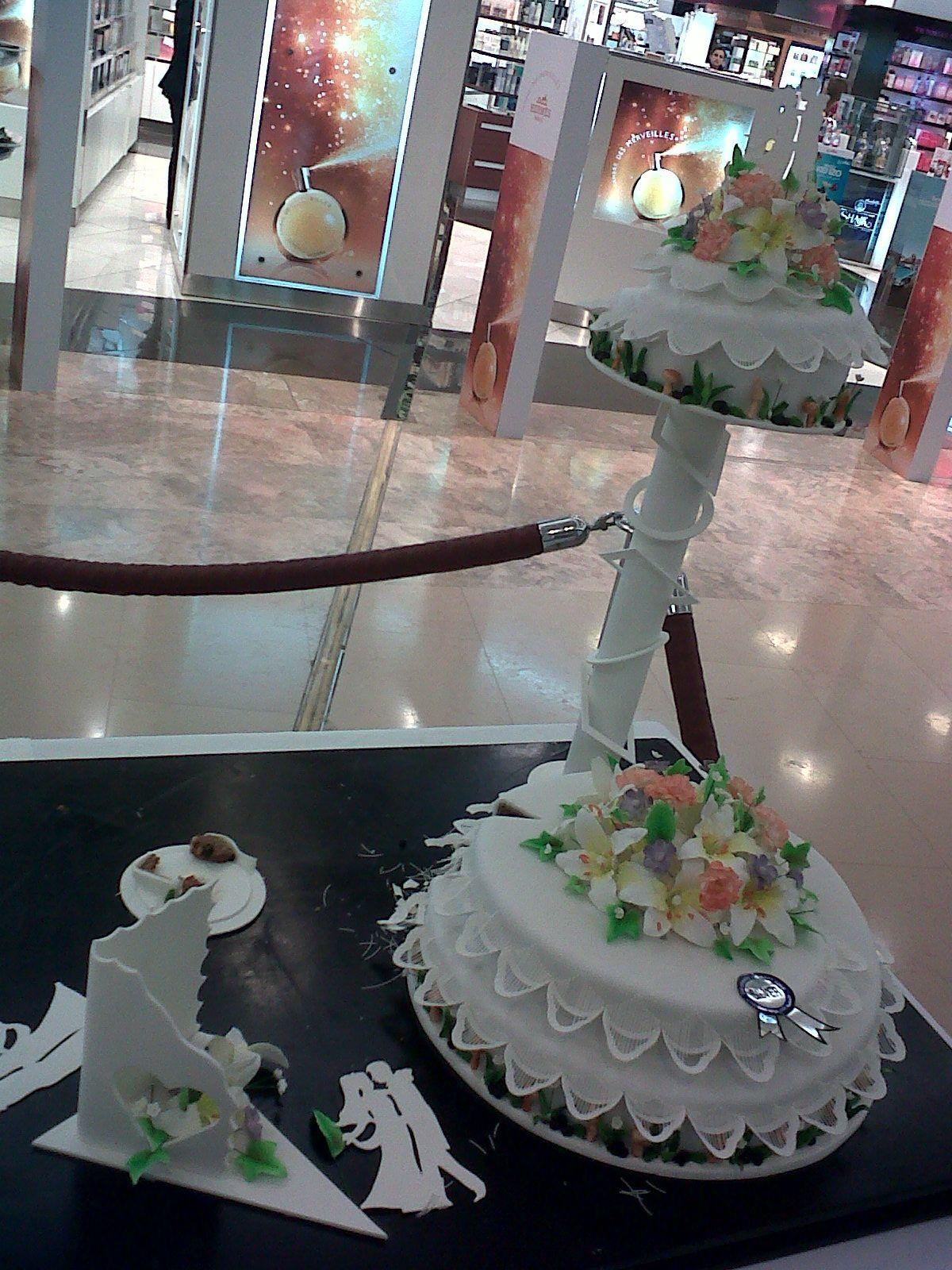 Silver Wedding Fondant Cake