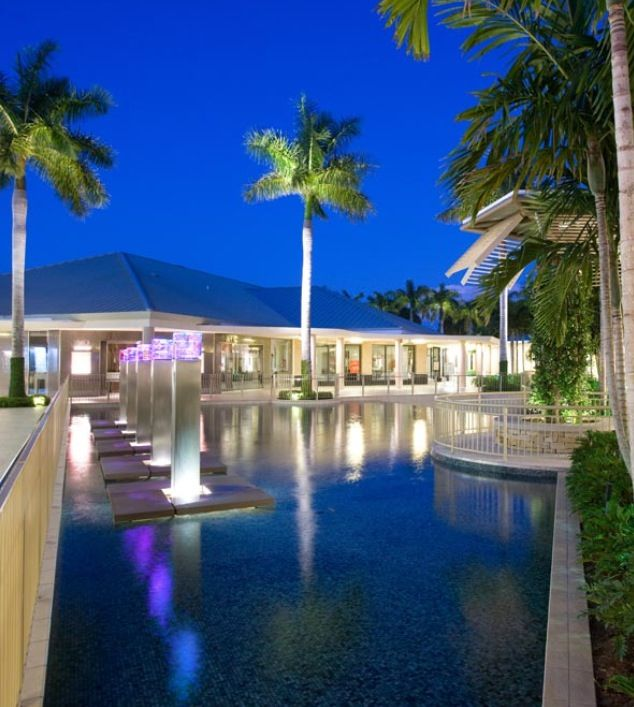 Vacations In Naples Fl: Waterside Shops, Naples Florida