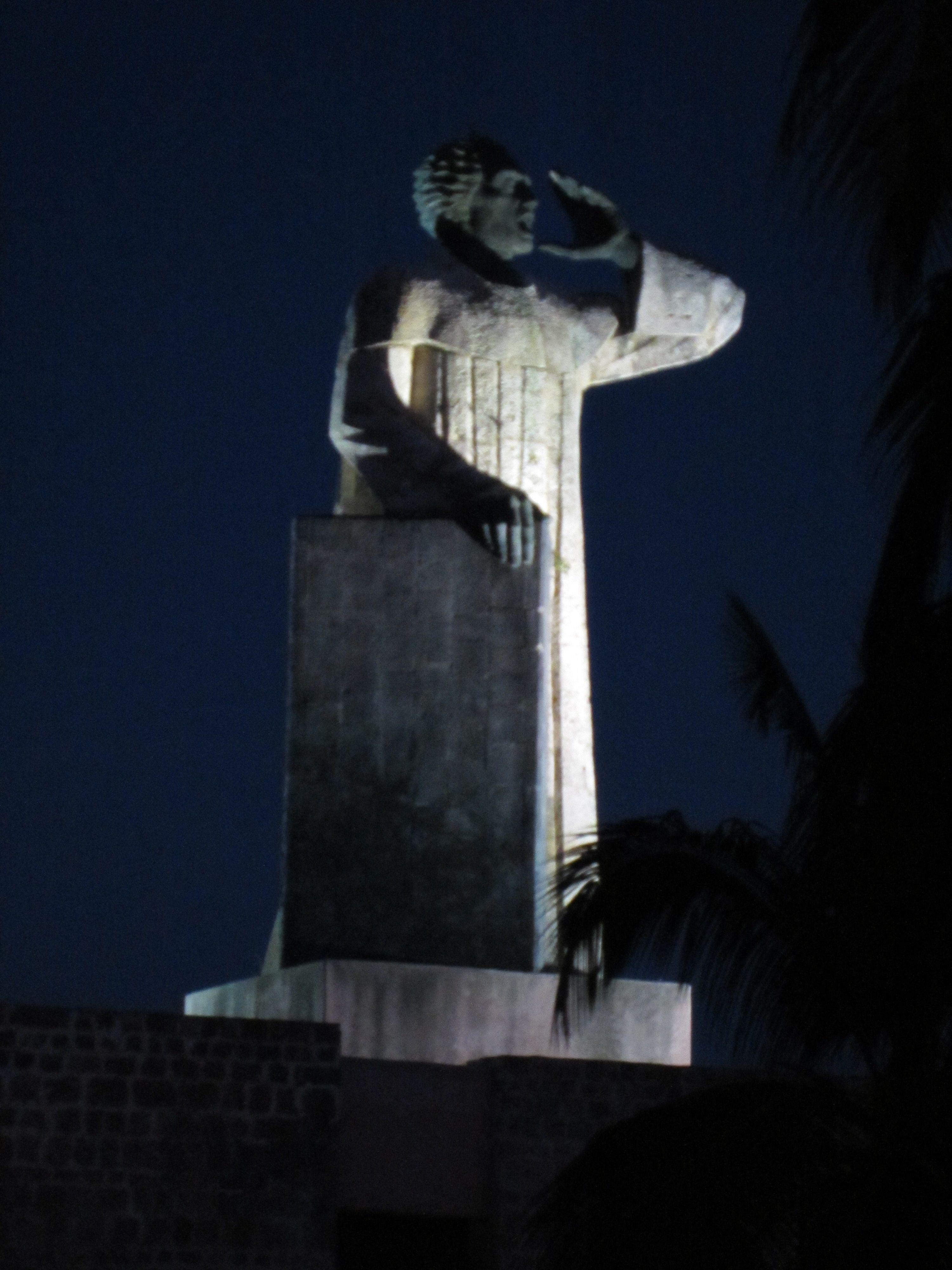 Santo Domingo Dr Monumento Fray Anton De Montesinos  # Muebles Domingo Los Montesinos