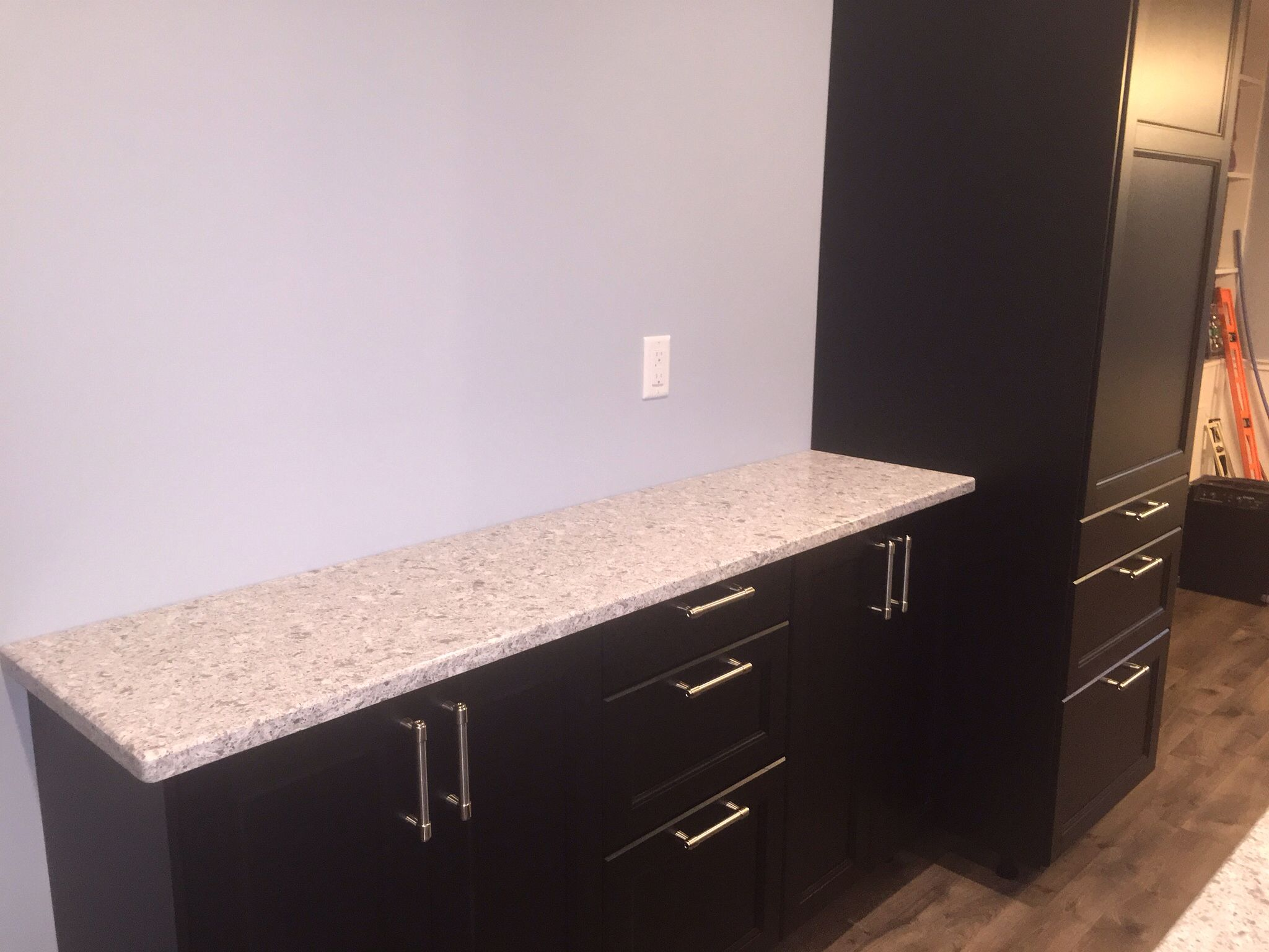 diy ikea kitchen with laxarby cabinets quartz countertops in atlantic salt and pergo grey