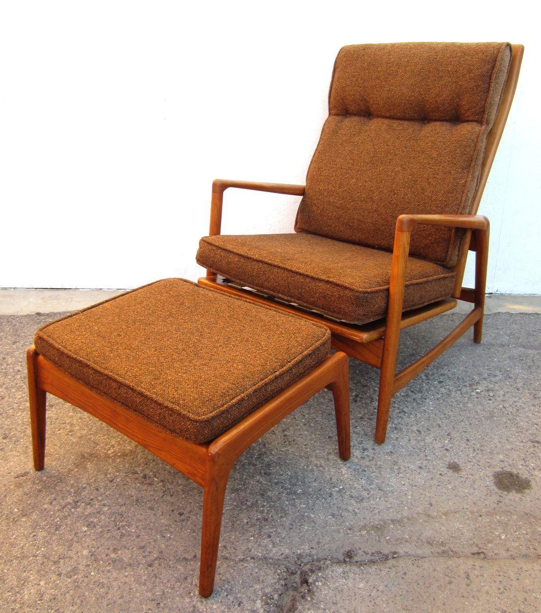 1950 Danish Mid Century Modern Lounge Chair And Ottoman, Ib Kofod Larsen  Image 4