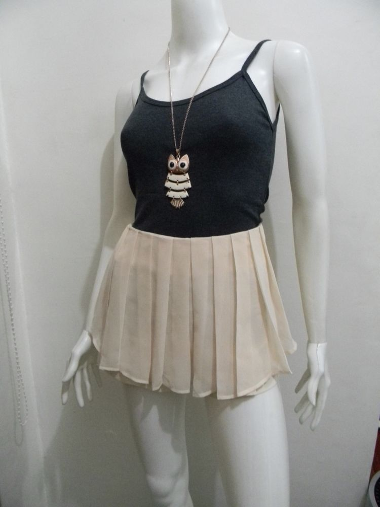 """wengpot Nwot pretty pleated front skort + free tank top fits 28"""" waist"""