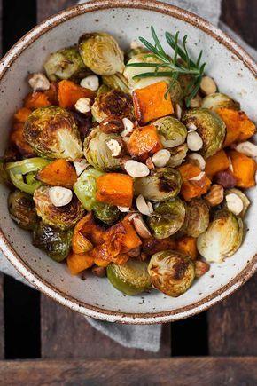 Gerösteter Rosenkohl und Süßkartoffel aus dem Ofen - Kochkarussell #brusselsproutrecipes