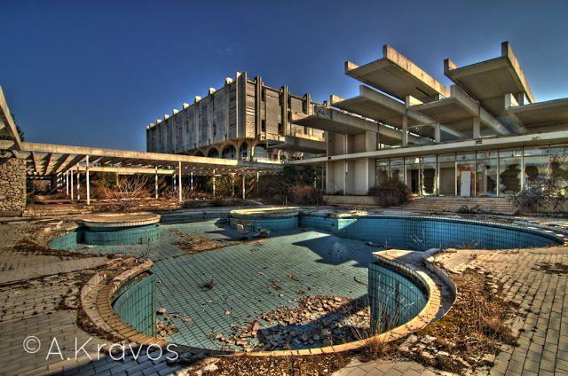 (Abandoned) Hotel Palace - Haludovo