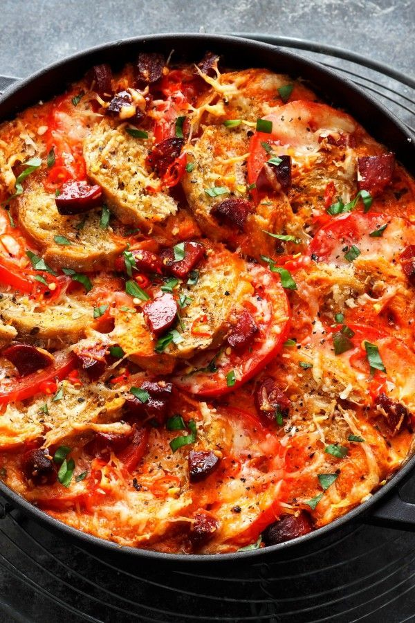 Fiery bread pot with tomatoes and chorizo from the oven  Bread pot with tomatoes and chorizo: hearty Spanish cuisine – cooking & baking – bildderfrau.de Best Picture For  Shellfish Recipes clams  For Your Taste You are looking for something, and it is going to tell you exactly what you are looking for, and you didn't find that picture. Here you will find the most beautiful picture that will fascin #bread #Chorizo #Fiery #oven #pot #tomatoes