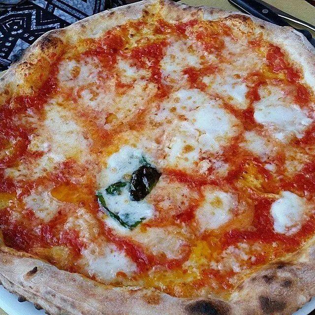 Pizza margherita il top !!!!!