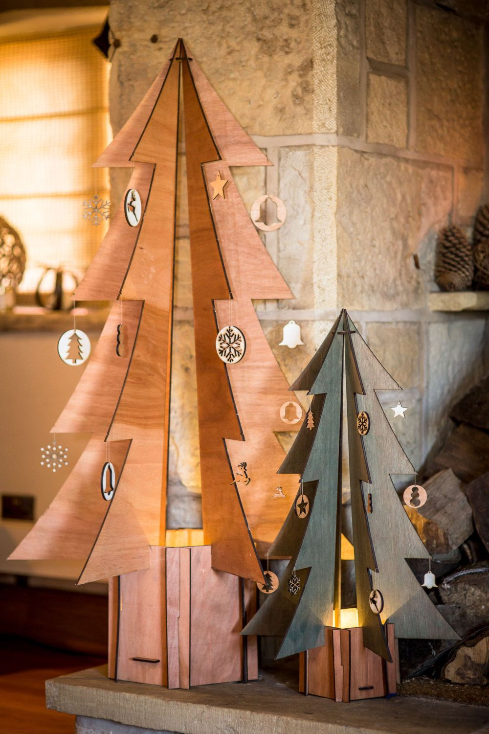 All your rustic Christmas decor is missing is a wooden tree ...