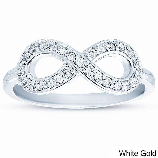 This exquisite diamond infinity ring makes an ideal gift to demonstrate your devotion. The infinity loop that showcases its 27 diamonds symbolises enduring love, making this the perfect promise ring for someone special in your life.