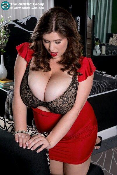 Kaley cuoco sexy porn ass
