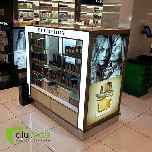 Burberry aeropuerto de barcelona aluma3 in store for Muebles de diseno barcelona