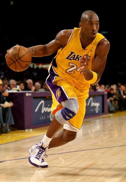 Kobe Bryant Photos Photos New York Knicks V Los Angeles Lakers Kobe Bryant Lakers Kobe Bryant Kobe Bryant Pictures