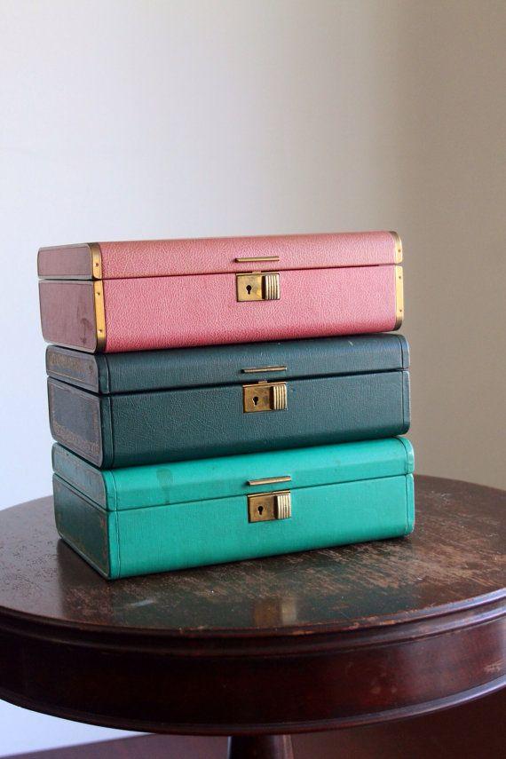 Farrington Jewelry Box Vintage Pink Jewelry Box Display Case Two Level Gold Trim
