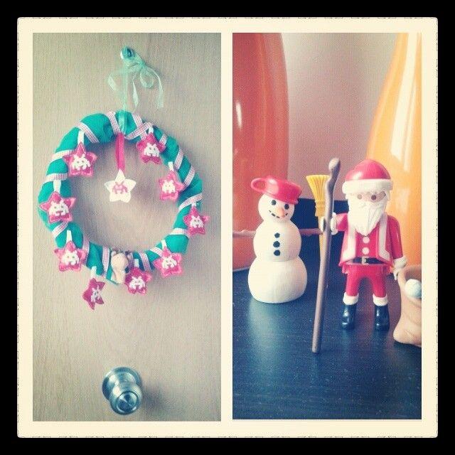 Decoración navideña con fieltro tela de tul verde y marioneta de dedo de Ikea en forma de arce