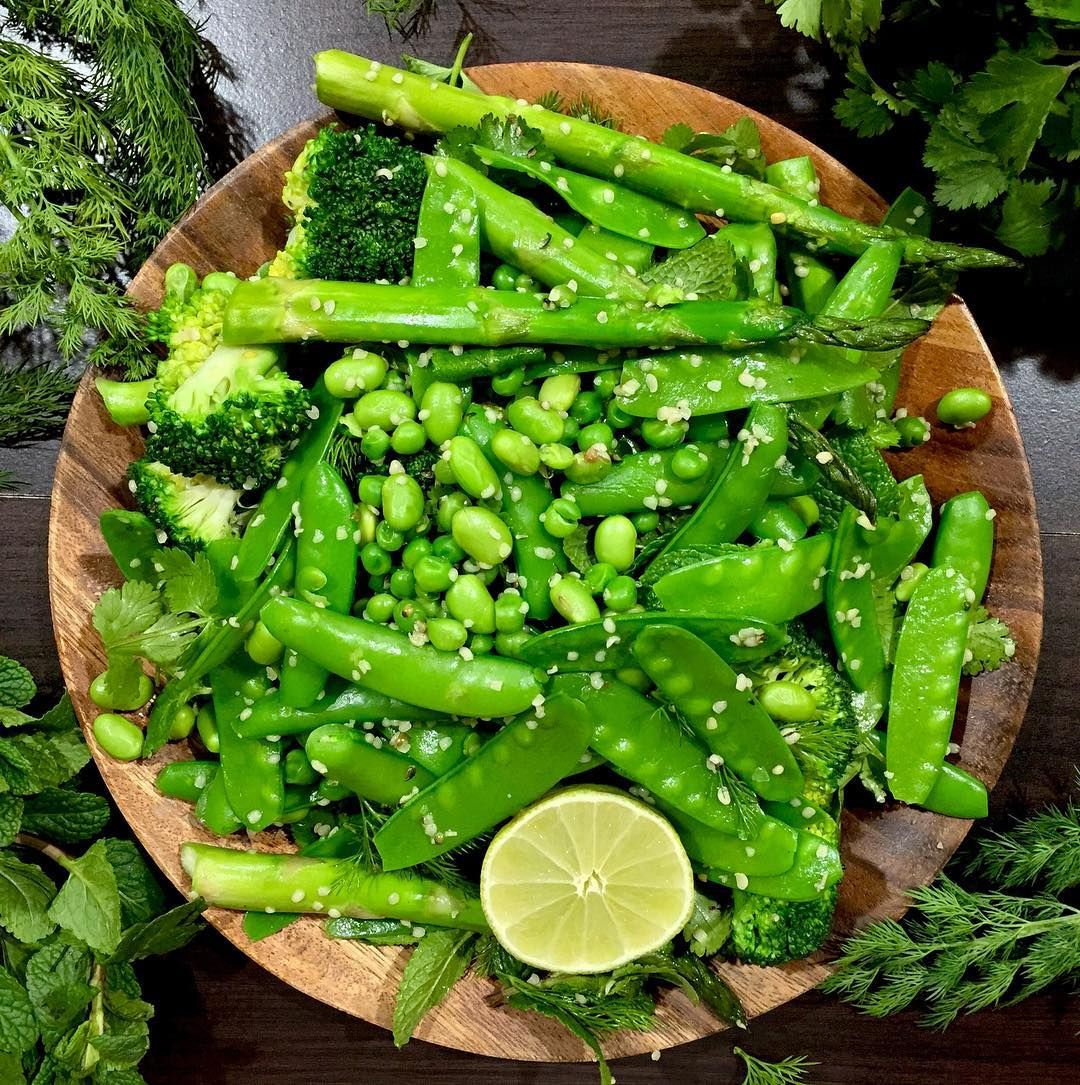 Gorgeous Green Mangetout Asparagus Sugar Snap Brocolli Edamame Seeds Some Peas And I Put Lots Of Herbs Aswell Like Dill Mint Brocolli Asparagus Bbq Fruit