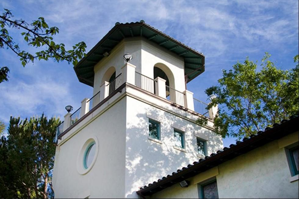 photos robin williams villa of smiles villa sorriso the lookout tower or belvedere offers commanding views its accessed from the master bedroom by a - Robin Williams Bedroom