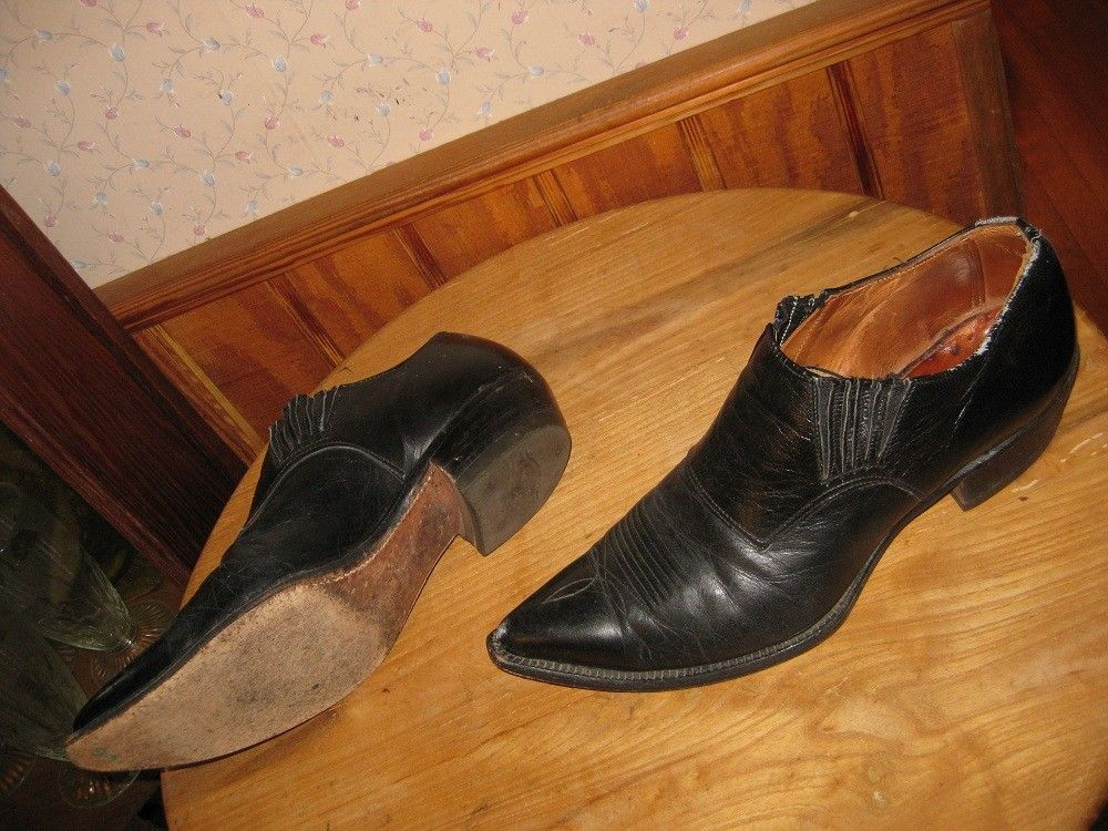Pinned onto Cowgirl Boots Board in Women Category